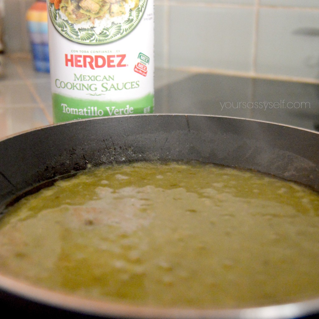 Warm HERDEZ® Tomatillo Verde Cooking Sauce - yoursassyself.com