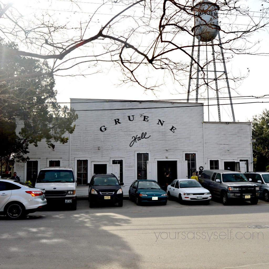 Gruene Hall - yoursassyself.com
