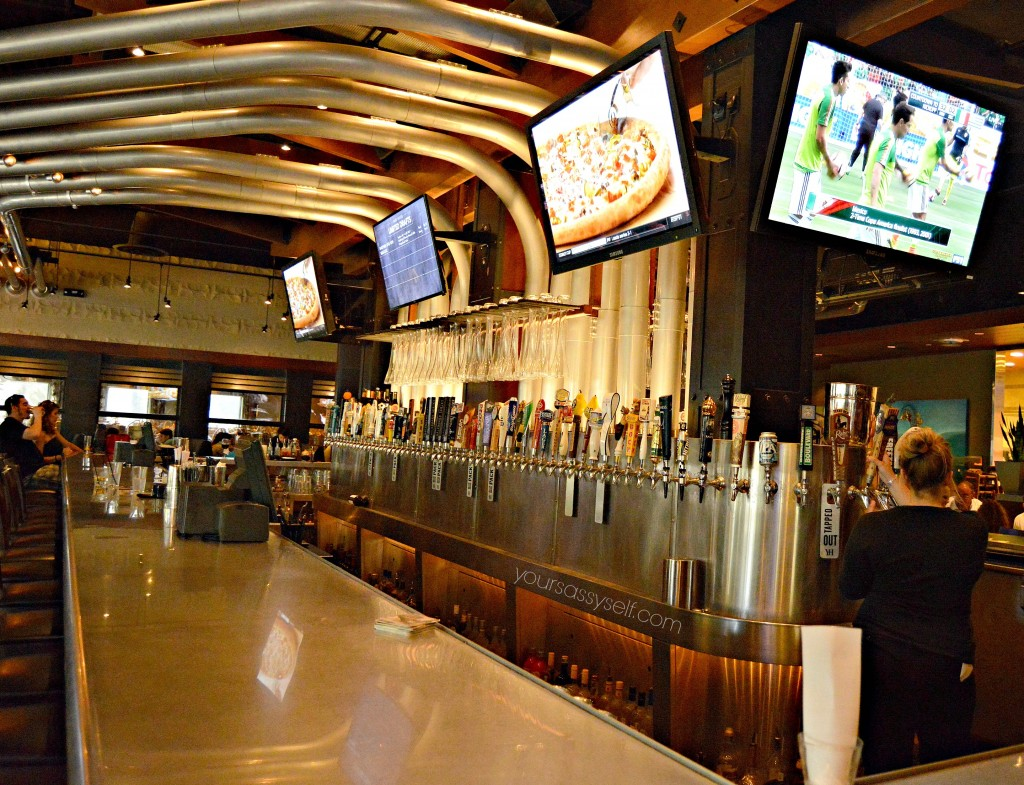 Yard House Bar Area - yoursassyself.com
