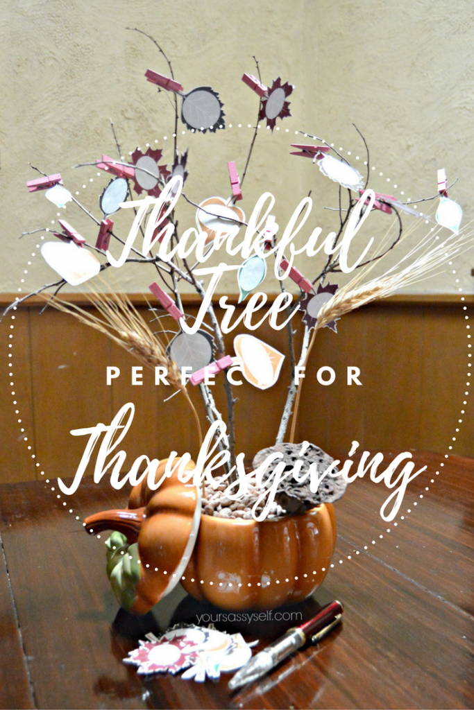 thankful-tree-perfect-for-thanksgiving-yoursassyself-com