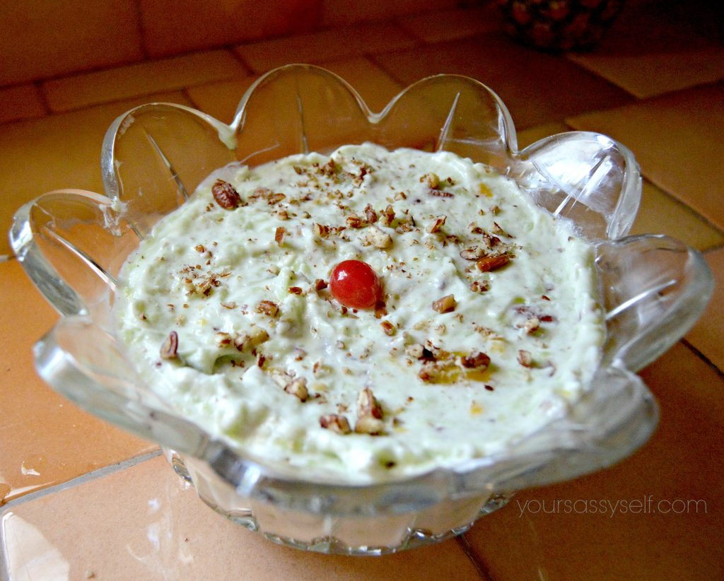 pistachio-fruit-salad-yoursassyself-com