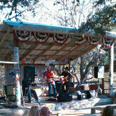 Enjoyed some live music in Luchenbach, Tx