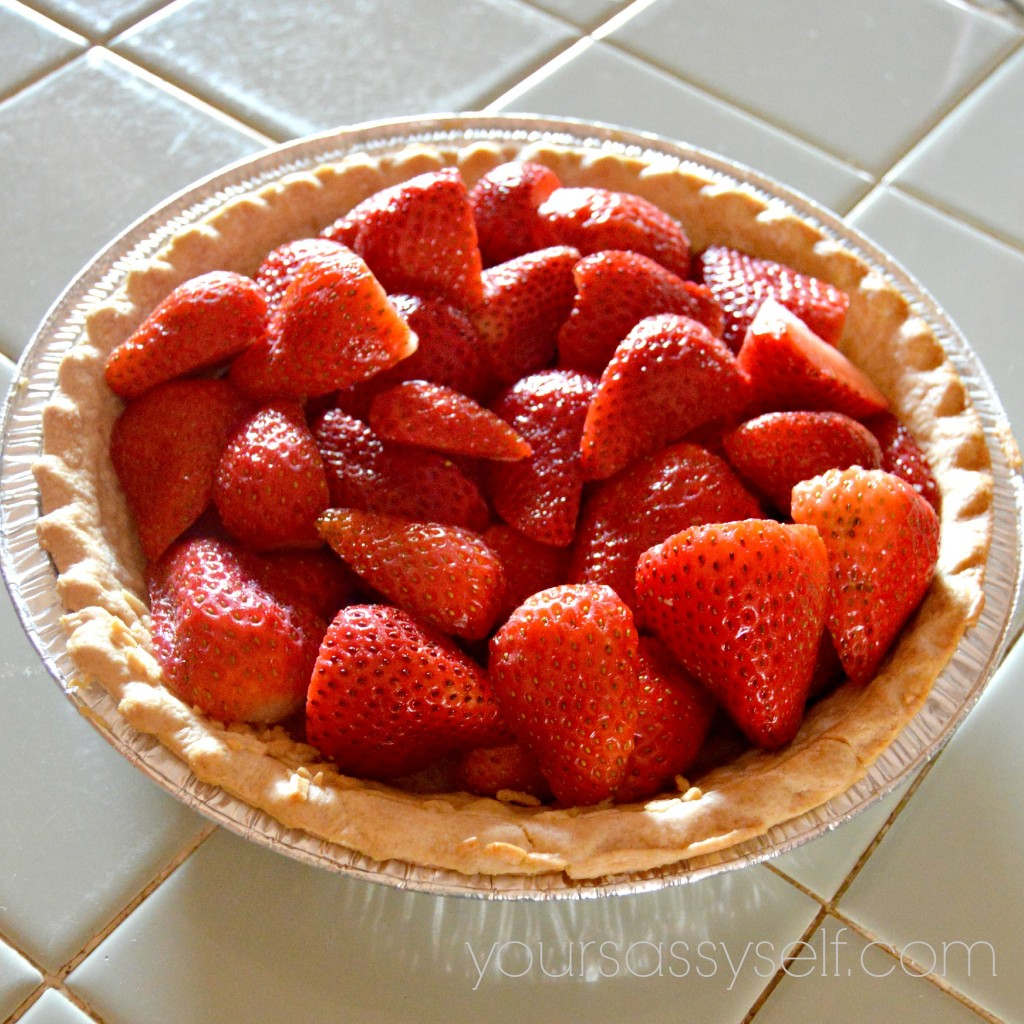 Strawberries in Cooked Pie Shell - yoursassyself.com