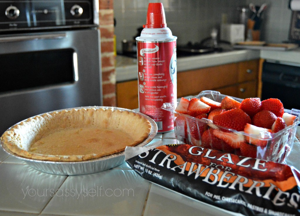 Strawberry Pie Ingredients - yoursassyself.com
