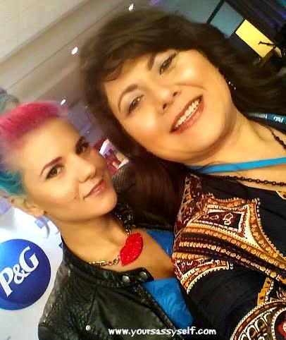 @COVERGIRL Celebrity Makeup Artist Aileen Quintana #HISPZ14