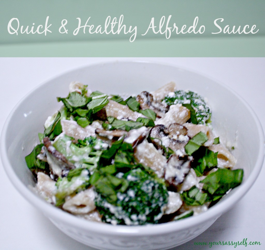 Quick Healthy Alfredo Sauce-yoursassyself.com.jpg