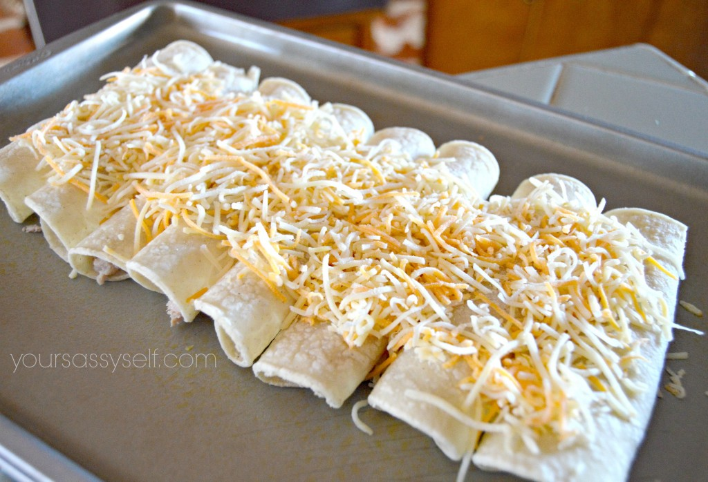 Tuna Enchilada Prep - yoursassyself.com
