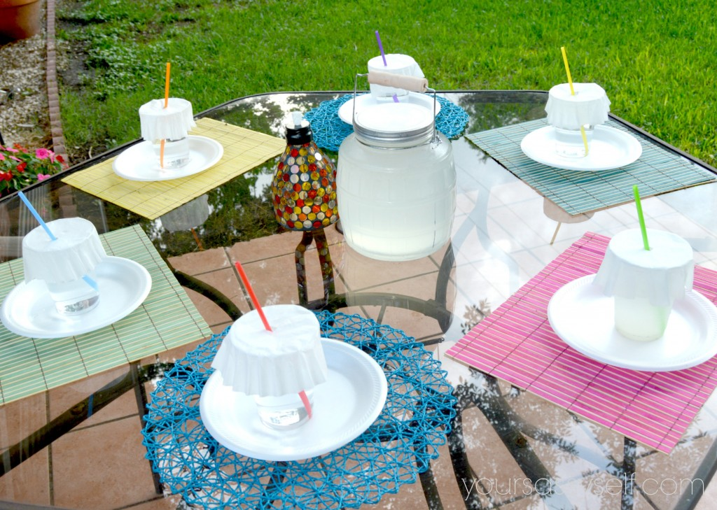 Patio Table Set for Party - yoursassyself.com