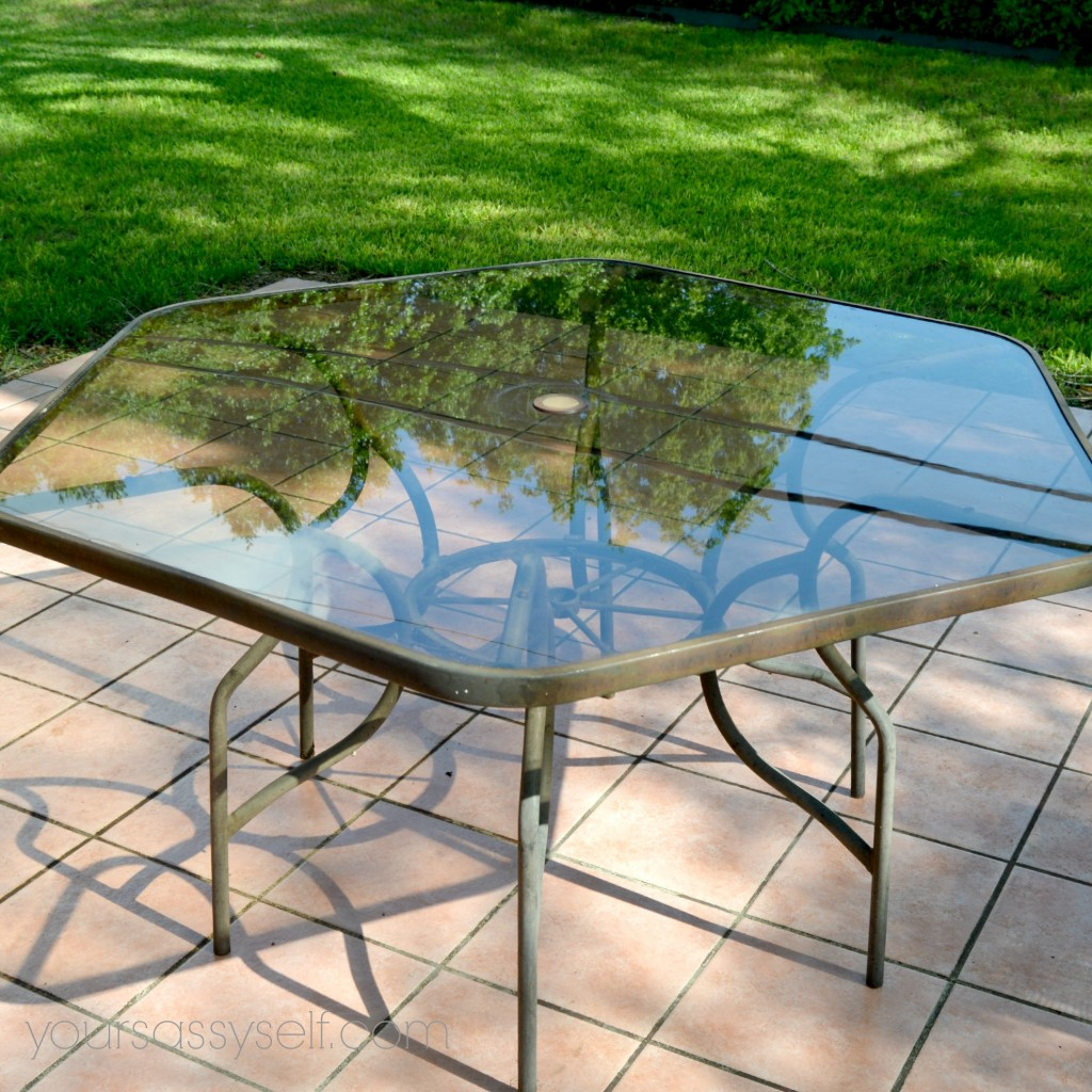 Patio Table - yoursassyself.com