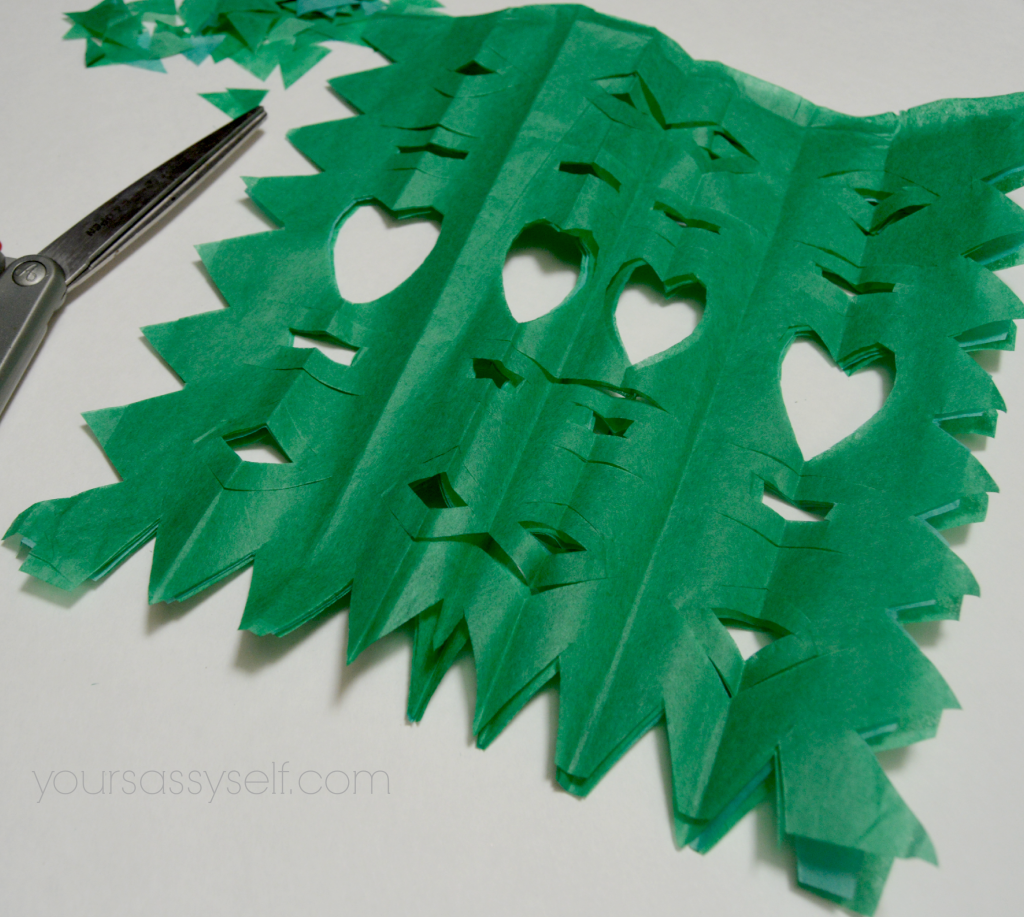 DIY Perforated Paper - Papel Picado - yoursassyself.com