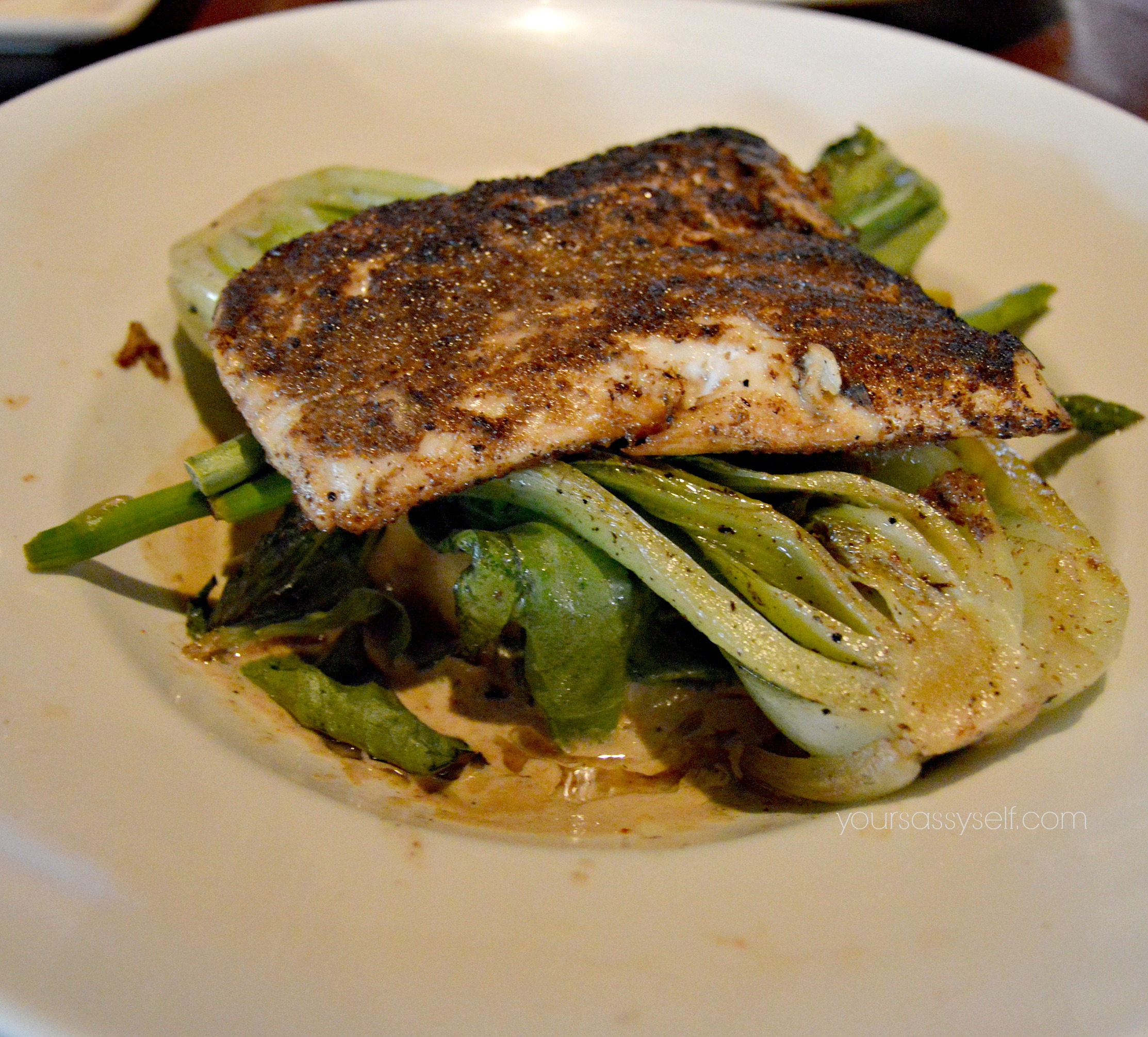 Halibut over veggies - yoursassyself.com