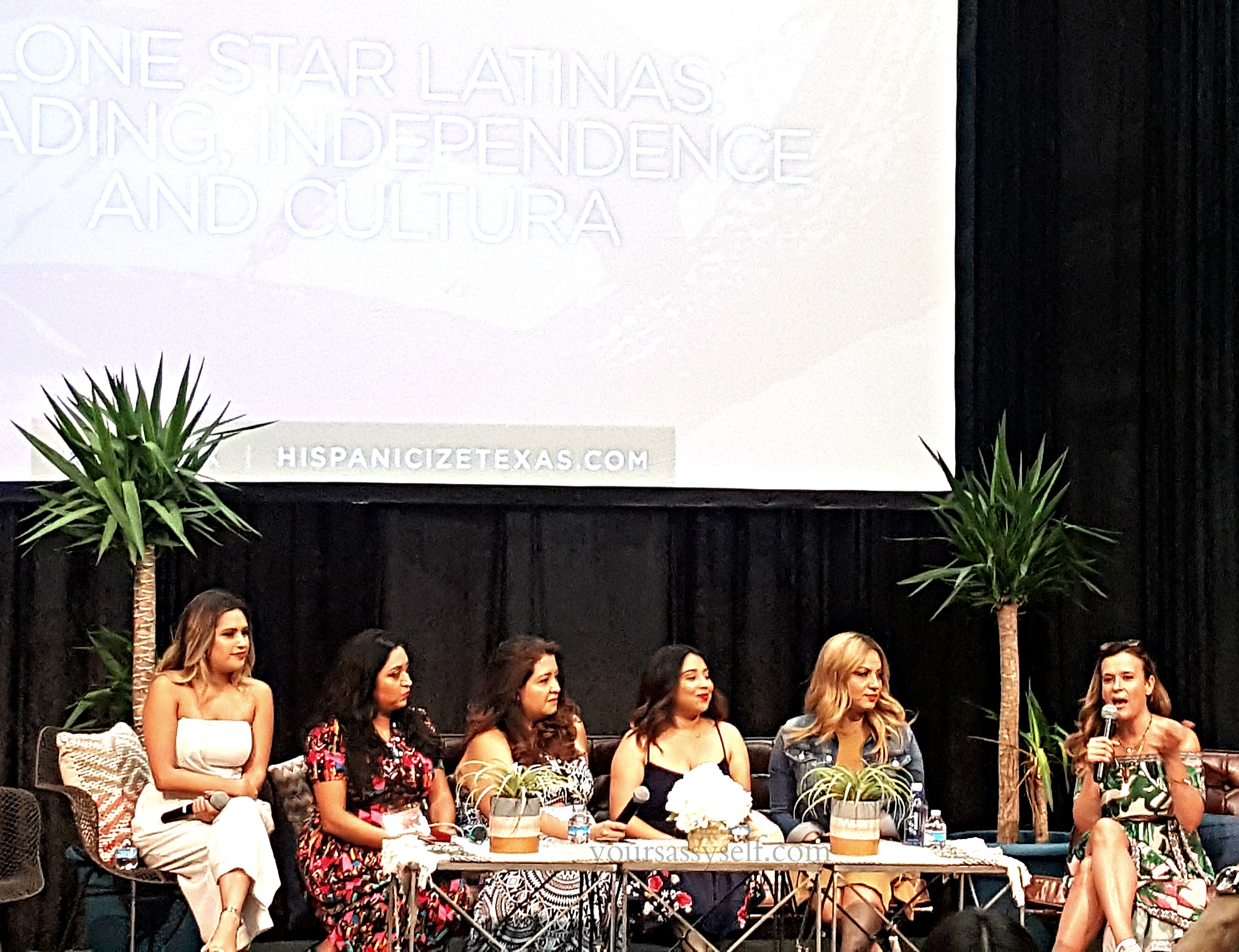 Latina Panel at HispzTX 2017 - yoursassyself.com