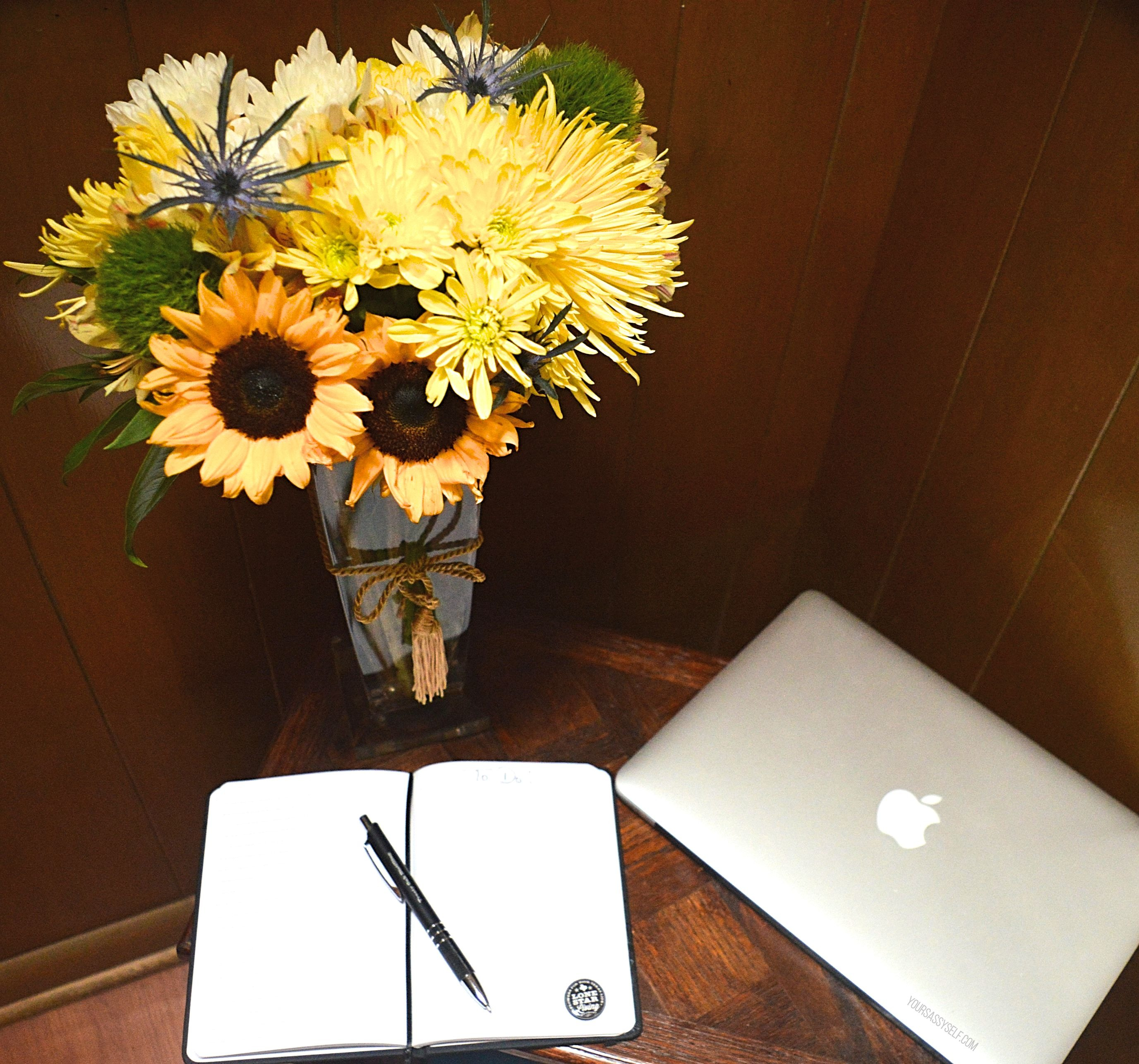 Lone Star Living Bouquet on office desk - yoursassyself.com
