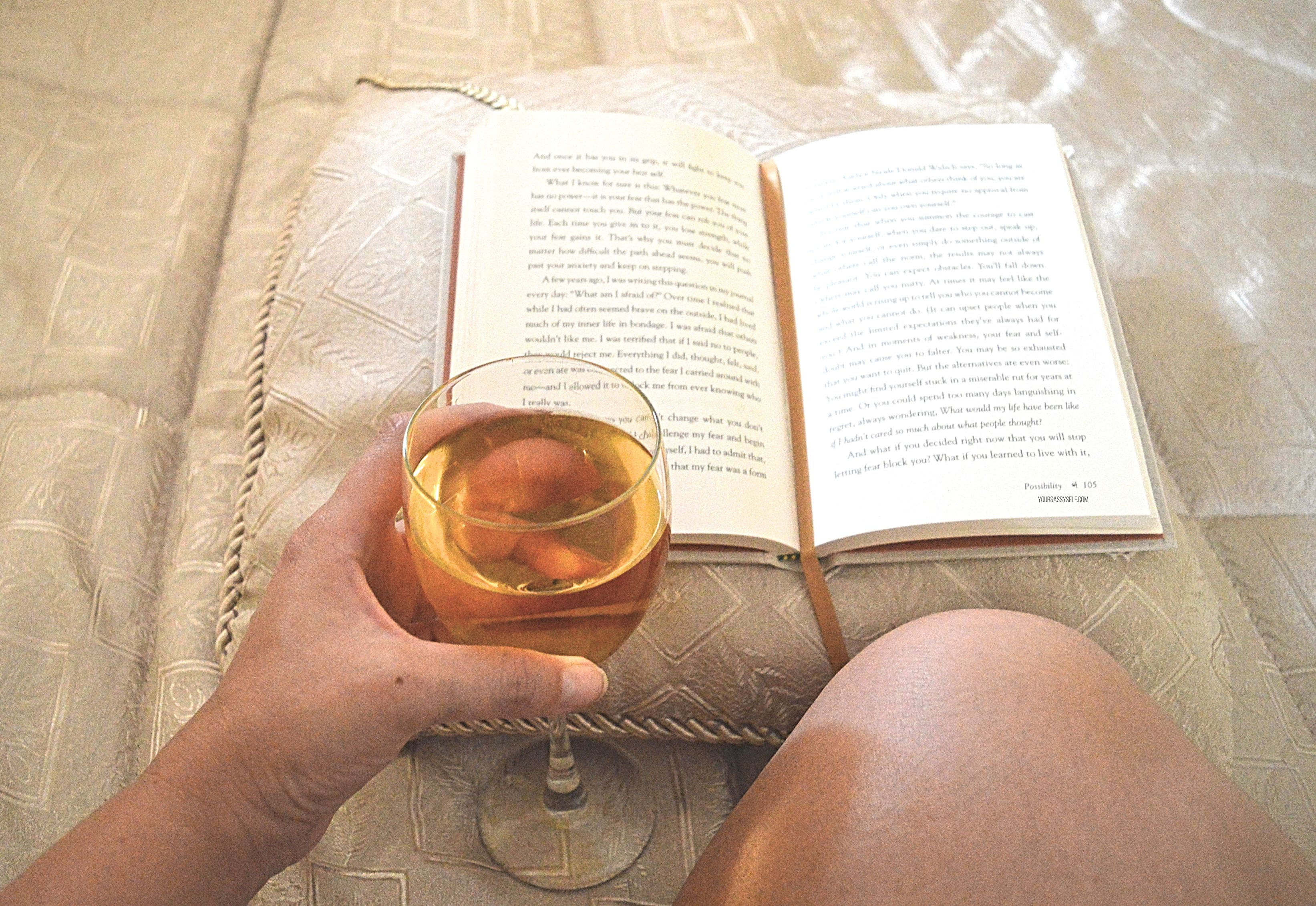Reading and Enjoying Wine - yoursassyself.com