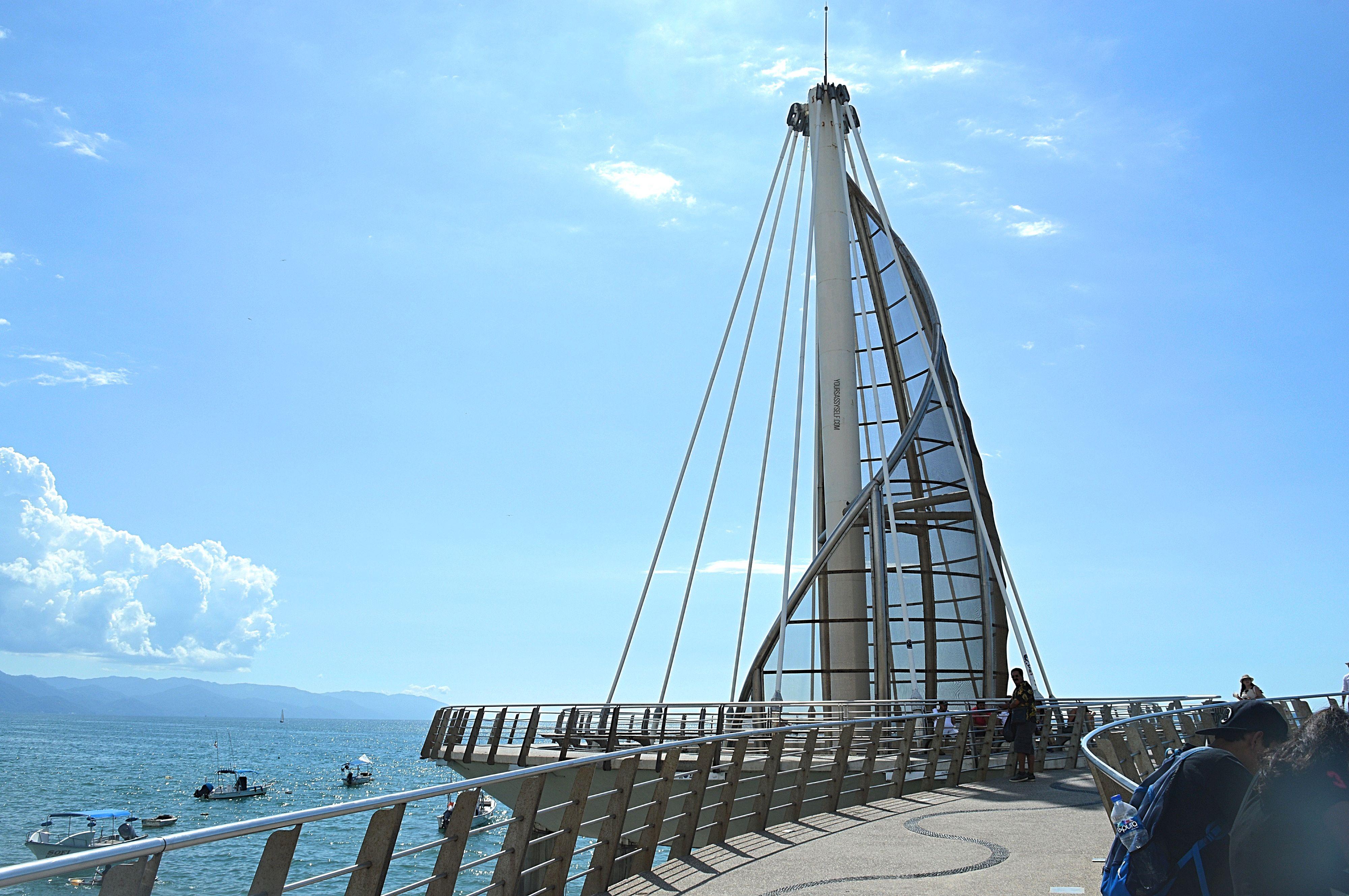 Los Muertos Pier - Puerto Vallarta - yoursassyself.com