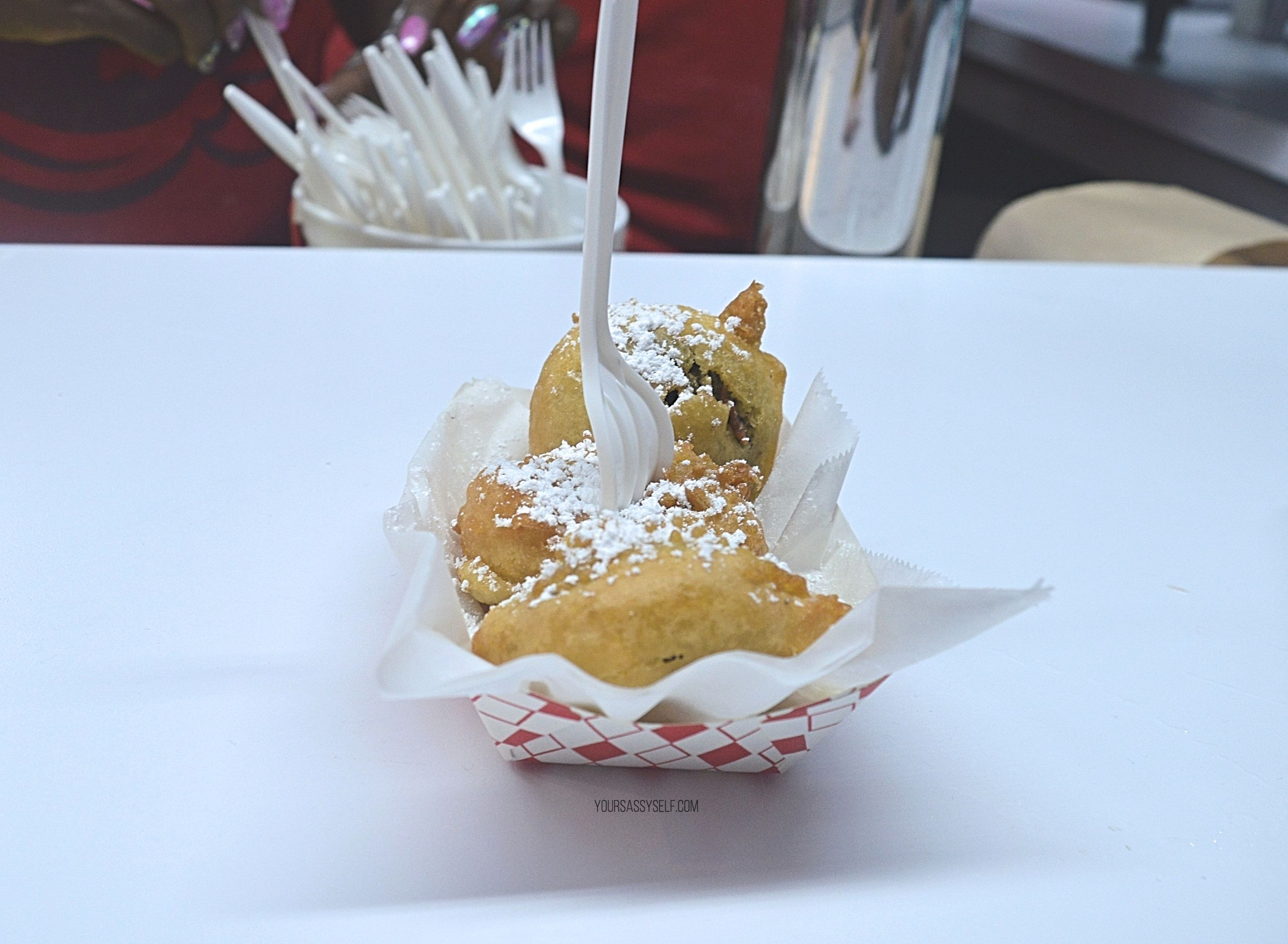 Fried oreos - yoursassyself.com