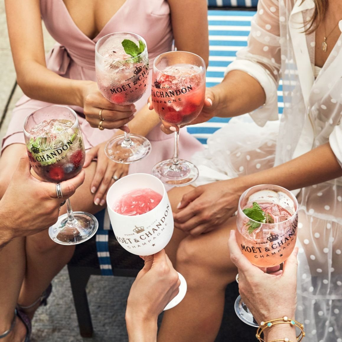 Toasting with Moët Poolside - yoursassyself.com
