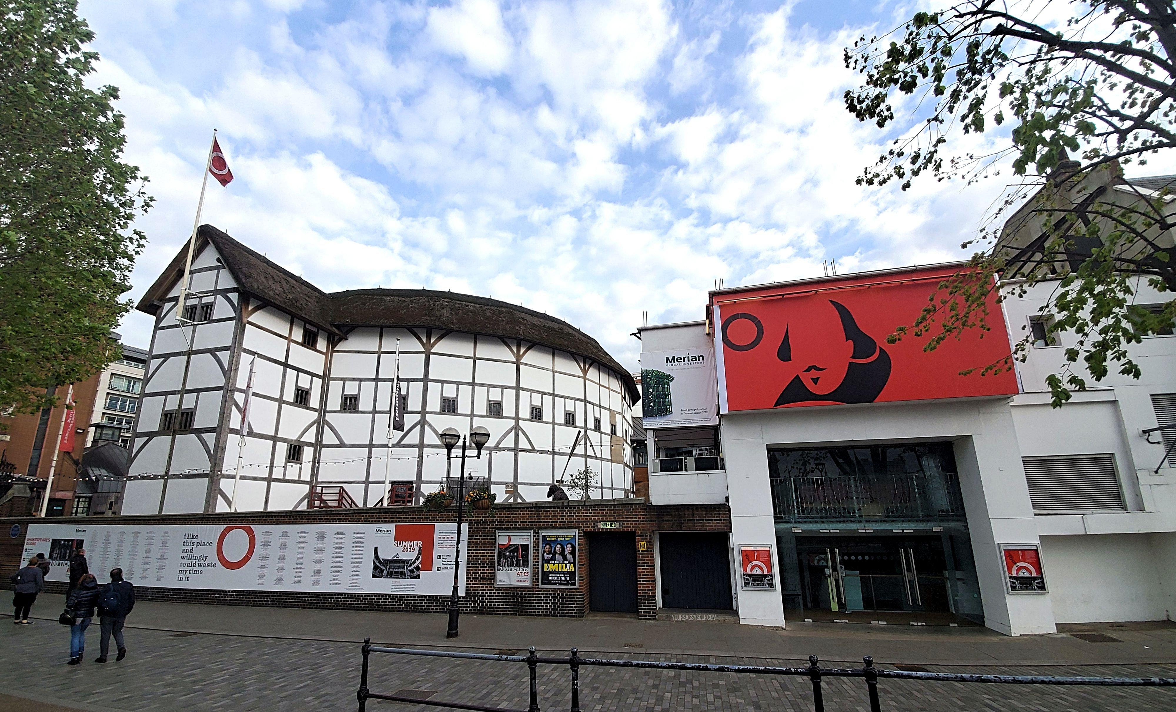 Globe Theatre - yoursassyself.com