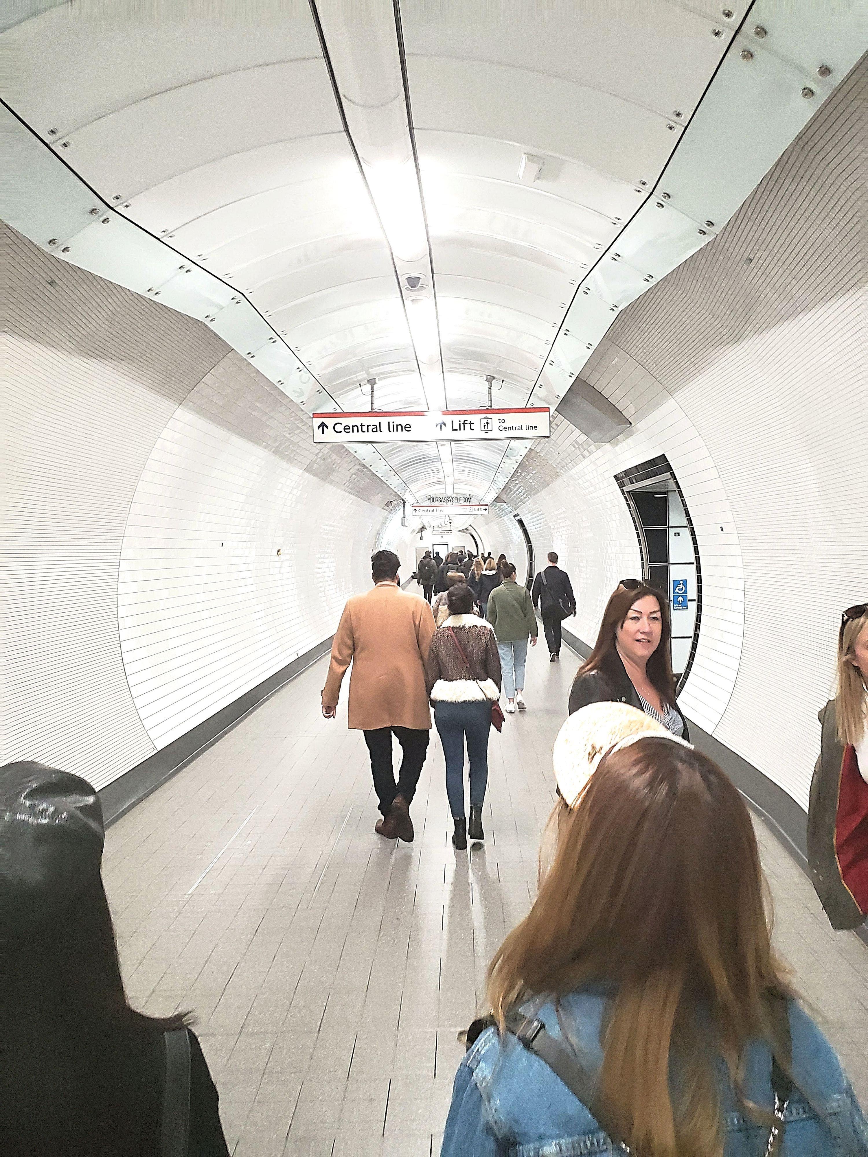 London Tube - yoursassyself.com