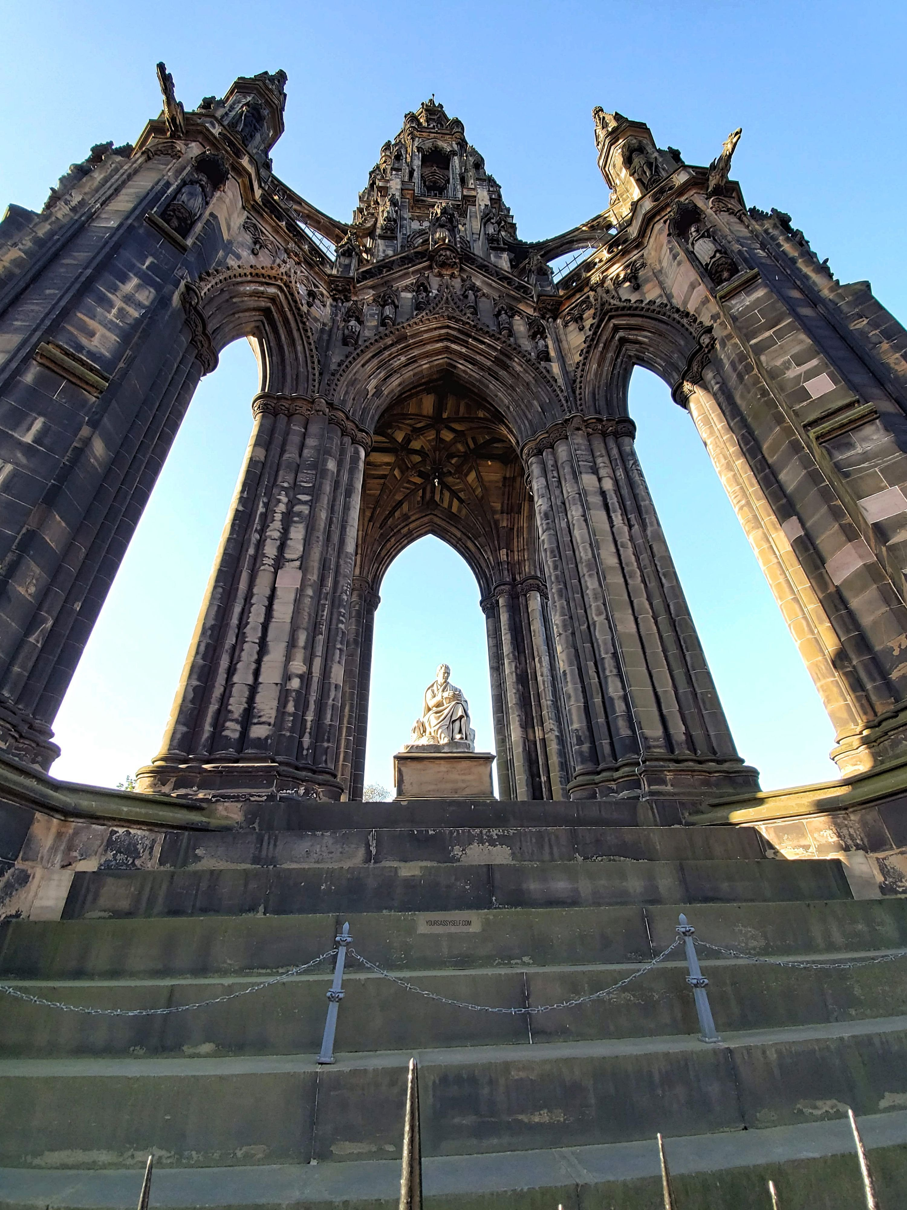 Scott Monument - yoursassyself.com