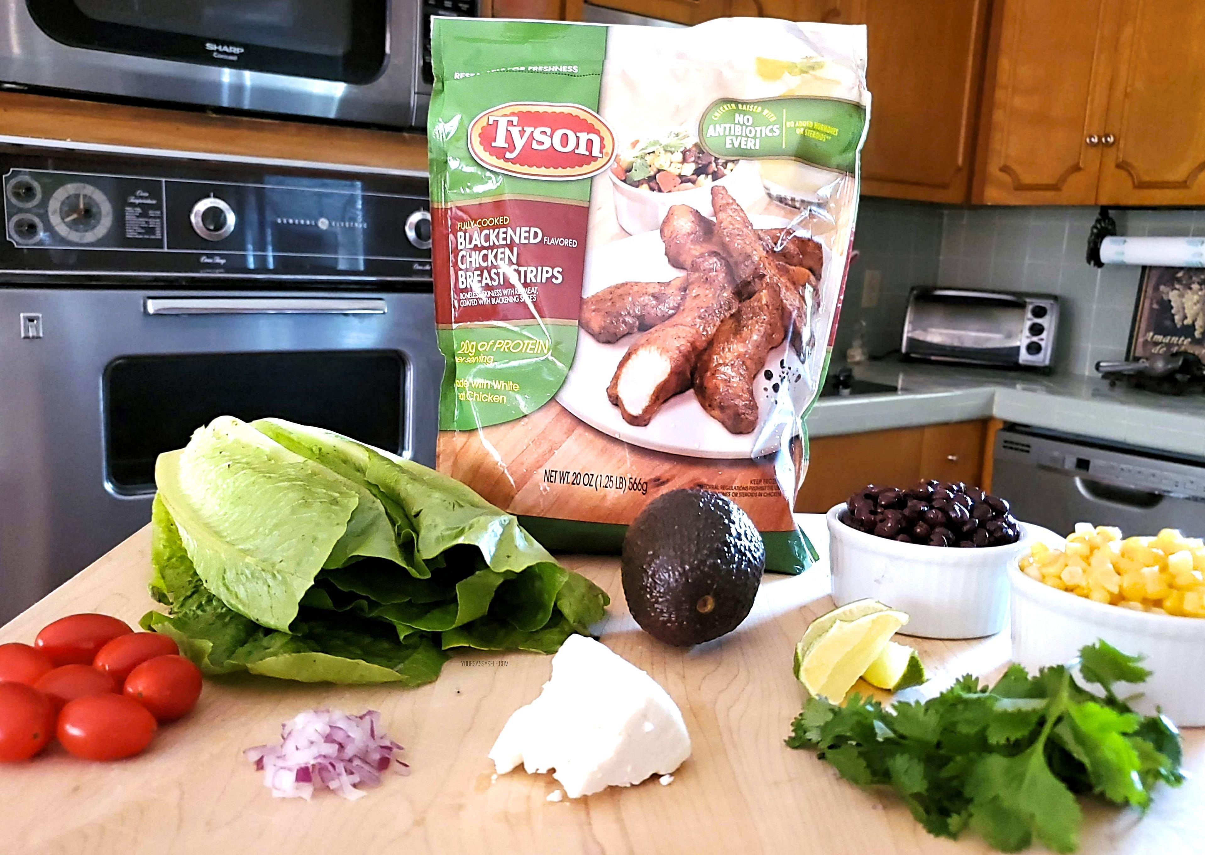 Blackened Chicken Fiesta Salad Ingredients - yoursassyself.com