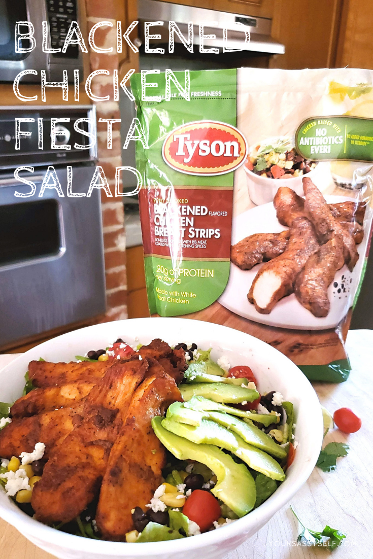Blackened Chicken Fiesta Salad - yoursassyself.com