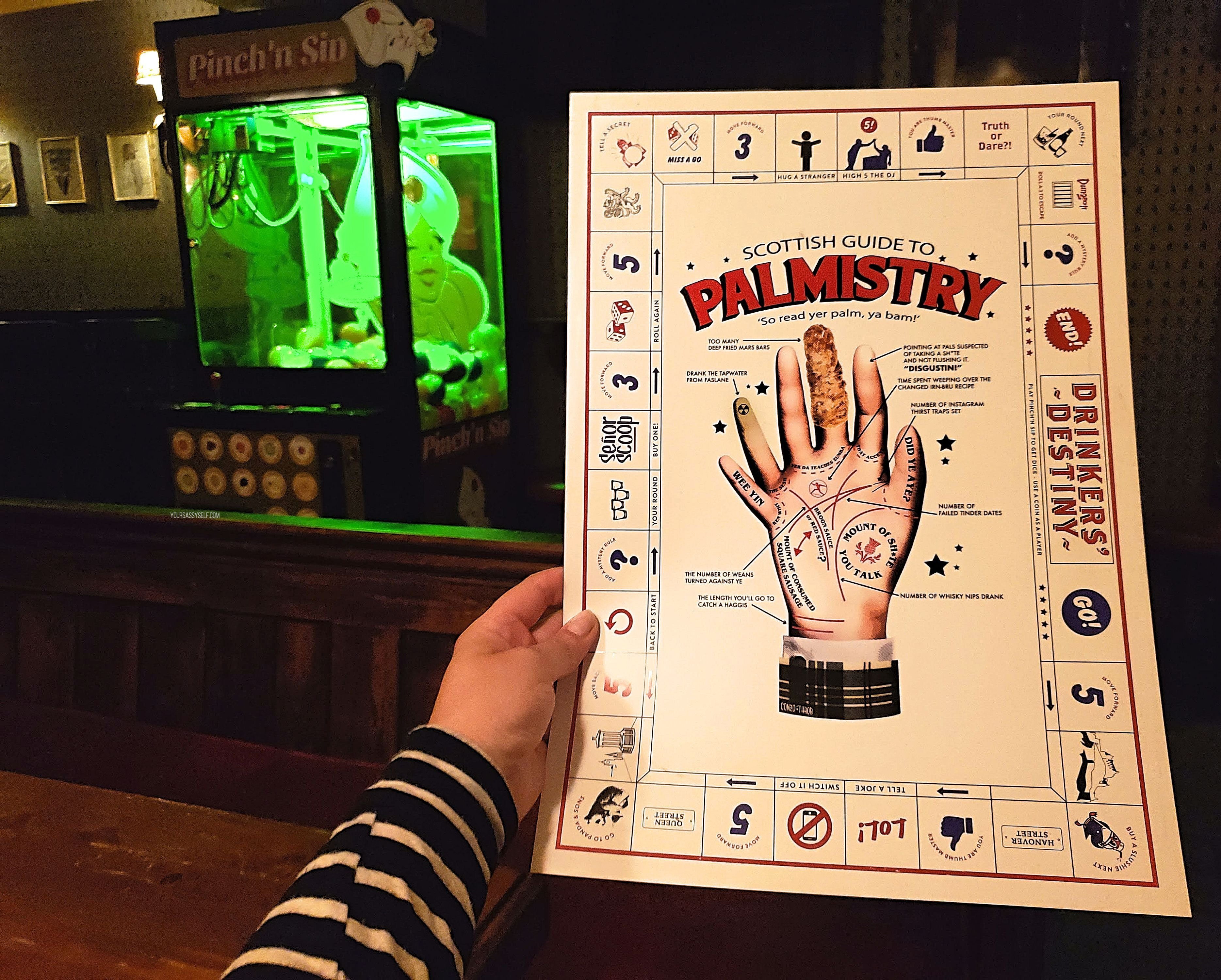 Palmistry game at Hoot the Redeemer - yoursassyself.com