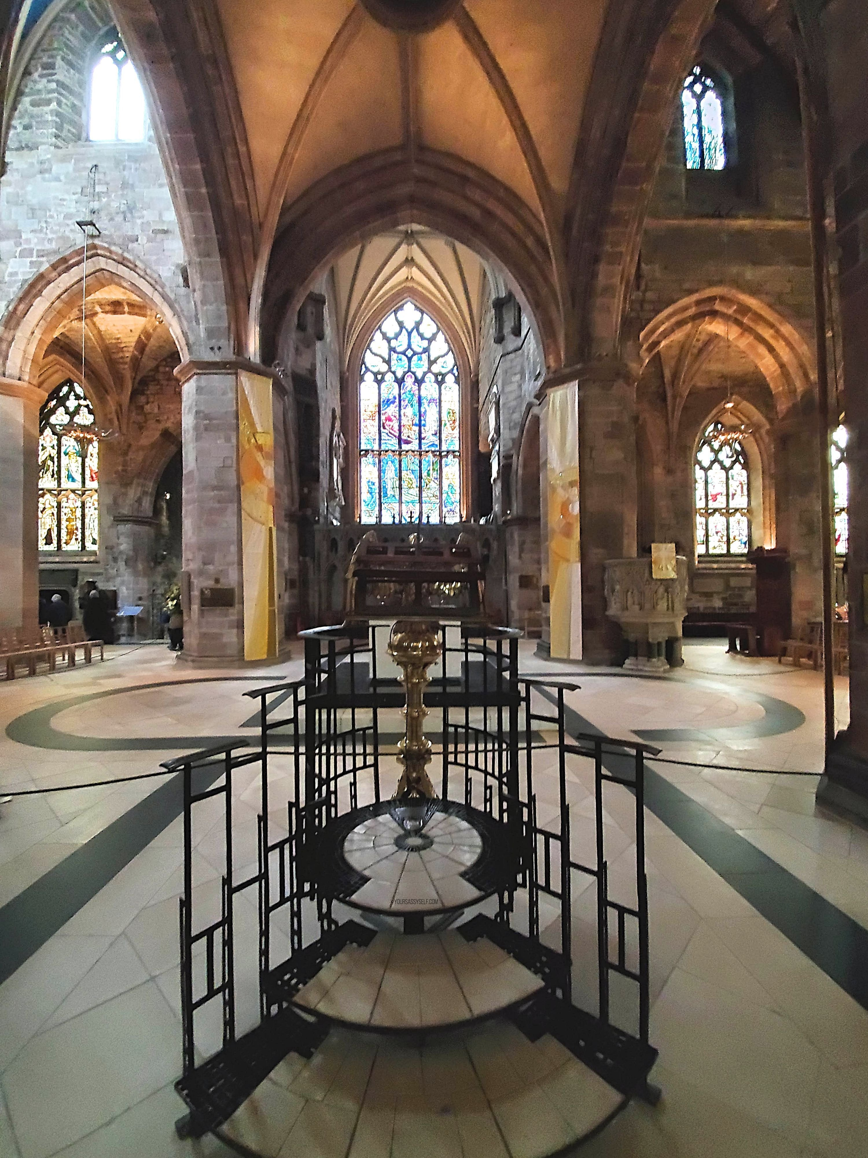 Lectern in Saint Giles' Cathedral - yoursassyself.com